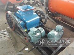 小型(xing)�p�X�和�L(gun)筒�Y�l往江�d�}城(cheng)